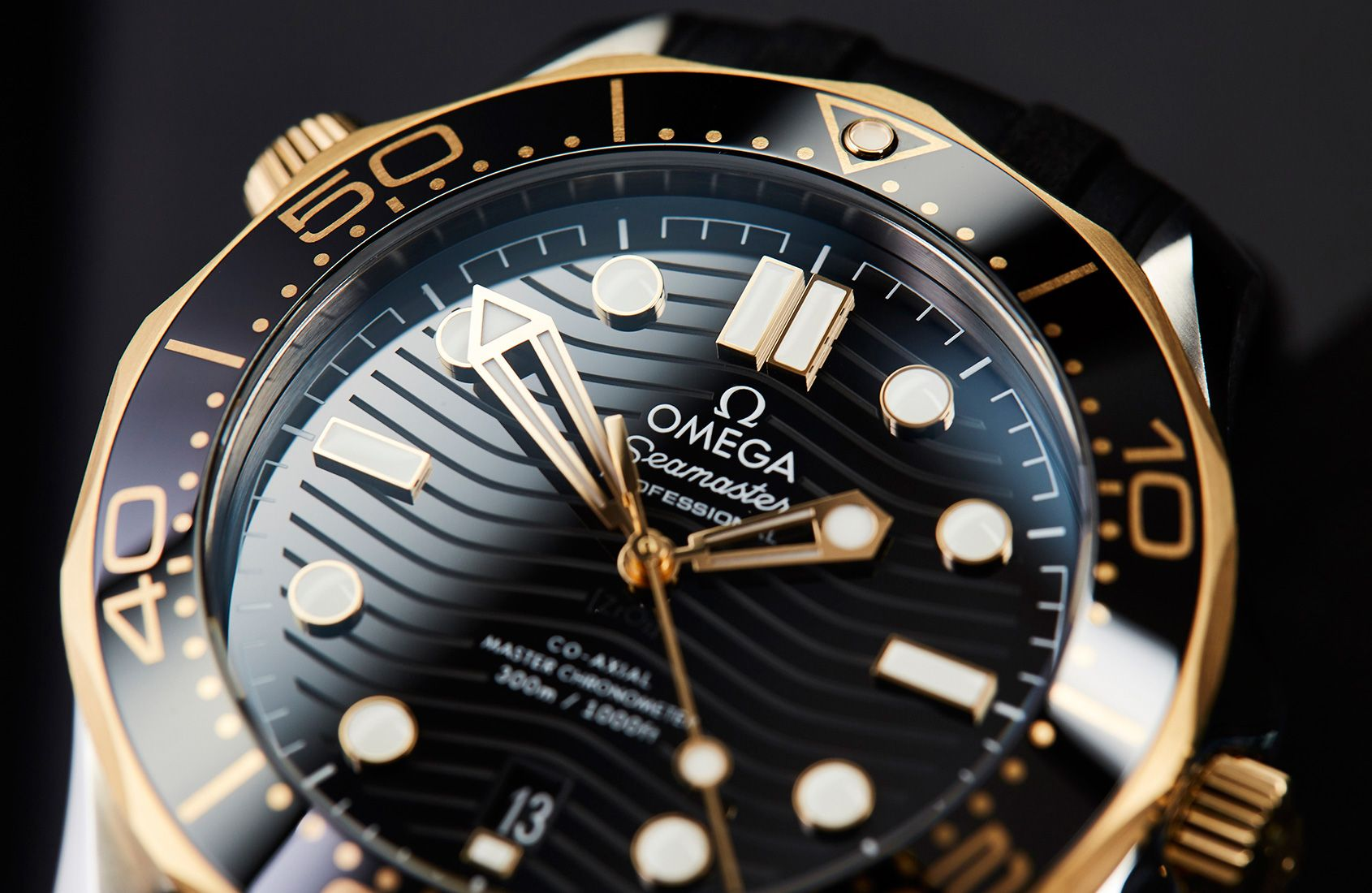 Https Timeandtidewatches Com Wp Content Uploads 2018 09 Omega Seamaster Diver 300m Two Tone 3 Jpg Omega Omega Seamaster Omega Seamaster Chronograph