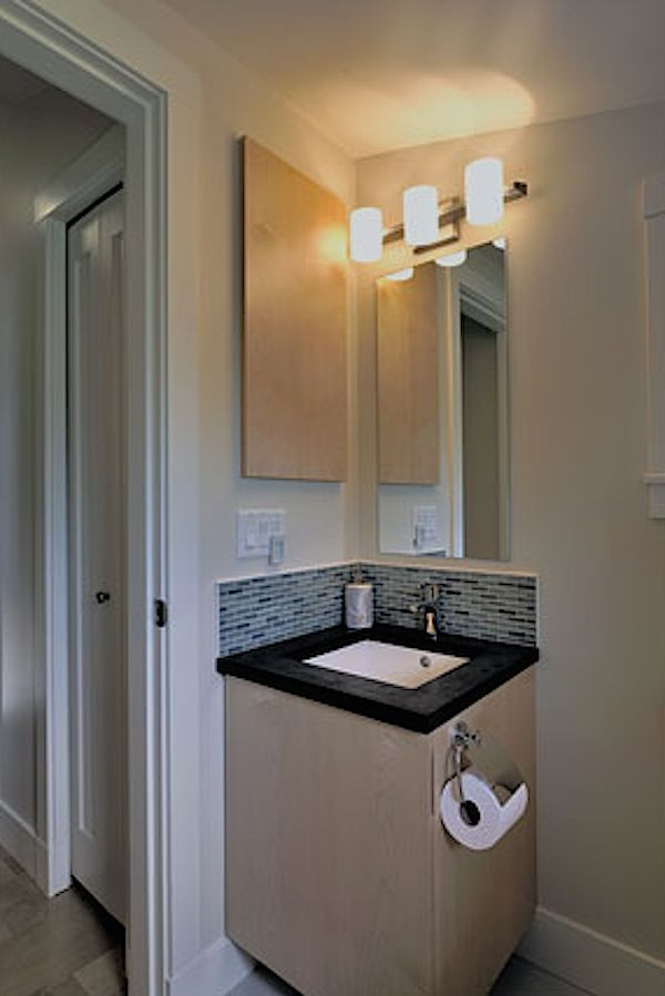 arts and crafts 750 laneway small house by smallworks 05 750 Sq Ft 2 Bedroom 2 Bath Garage