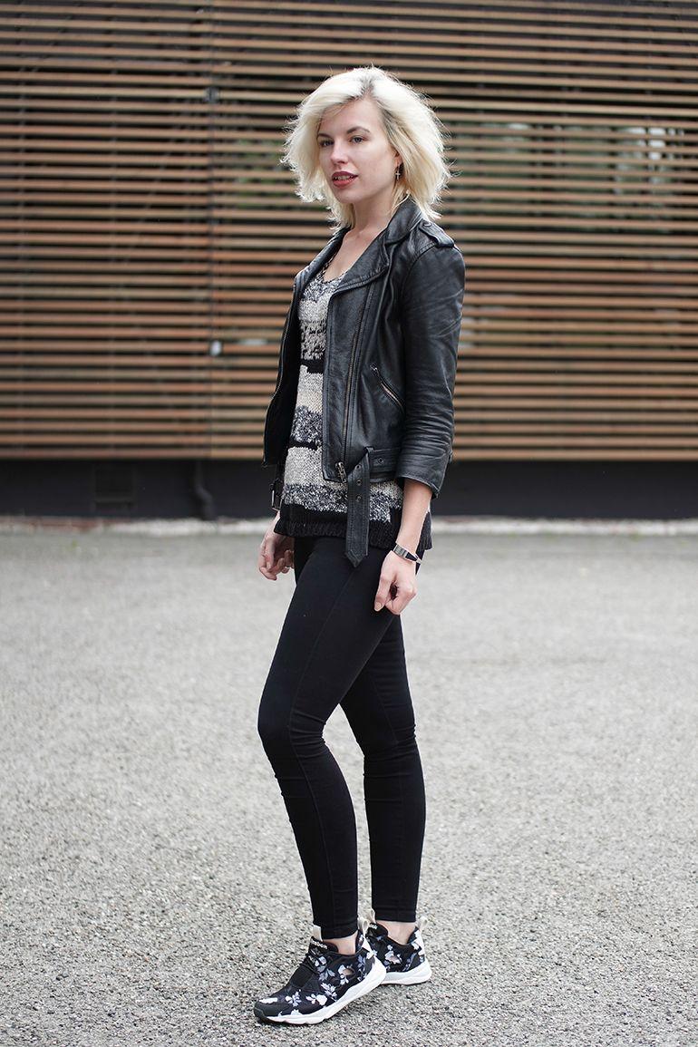 RED REIDING HOOD: www.redreidinghood.com Fashion blogger wearing reebok  furylite sneakers only