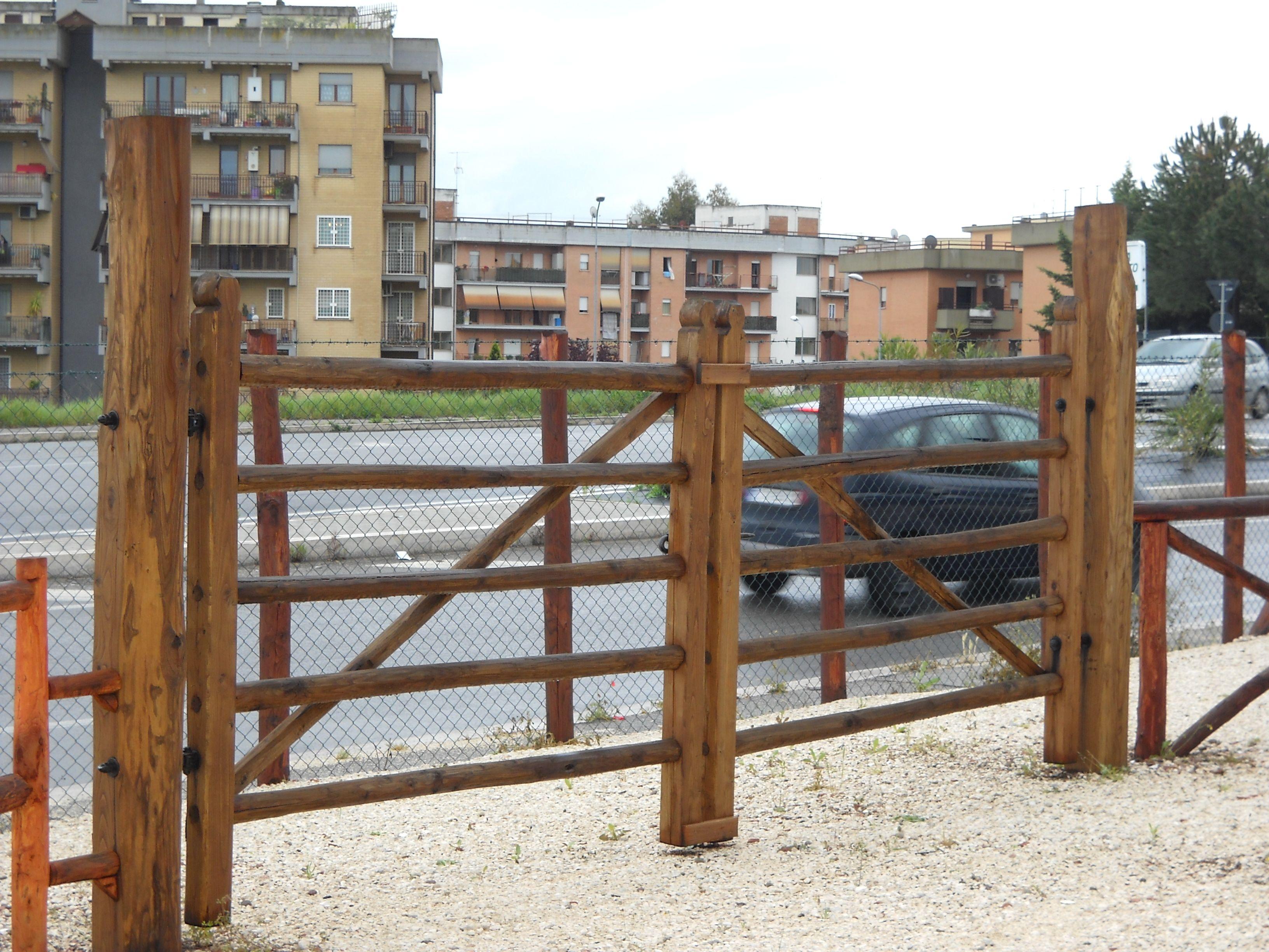 Cancello Bambini ~ Cancello in legno maremmano strutture il legno su misura