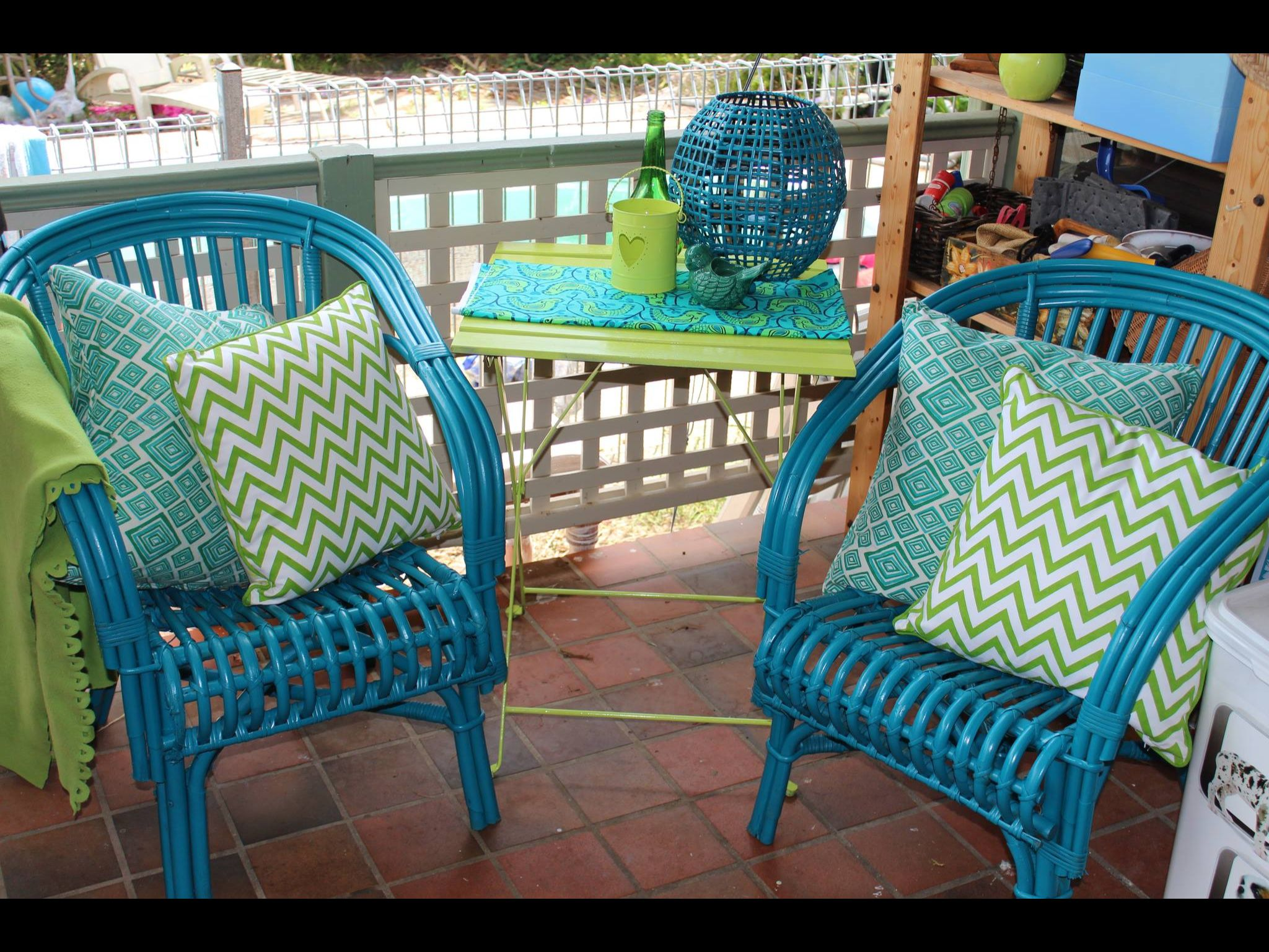 Chairs Painted In Rustoleum Lagoon And Table In Key Lime