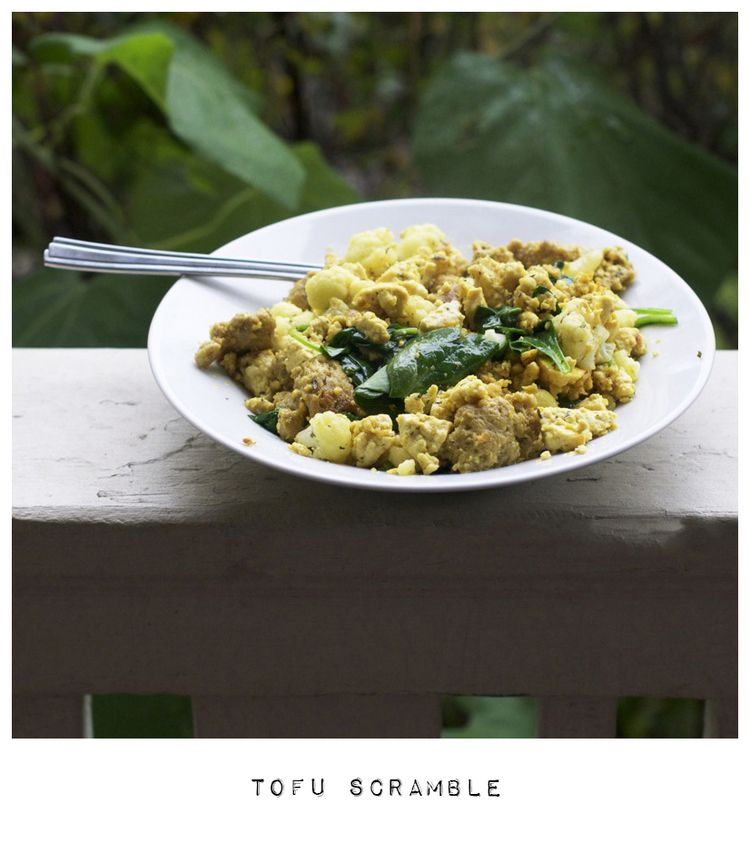 basic tofu scramble