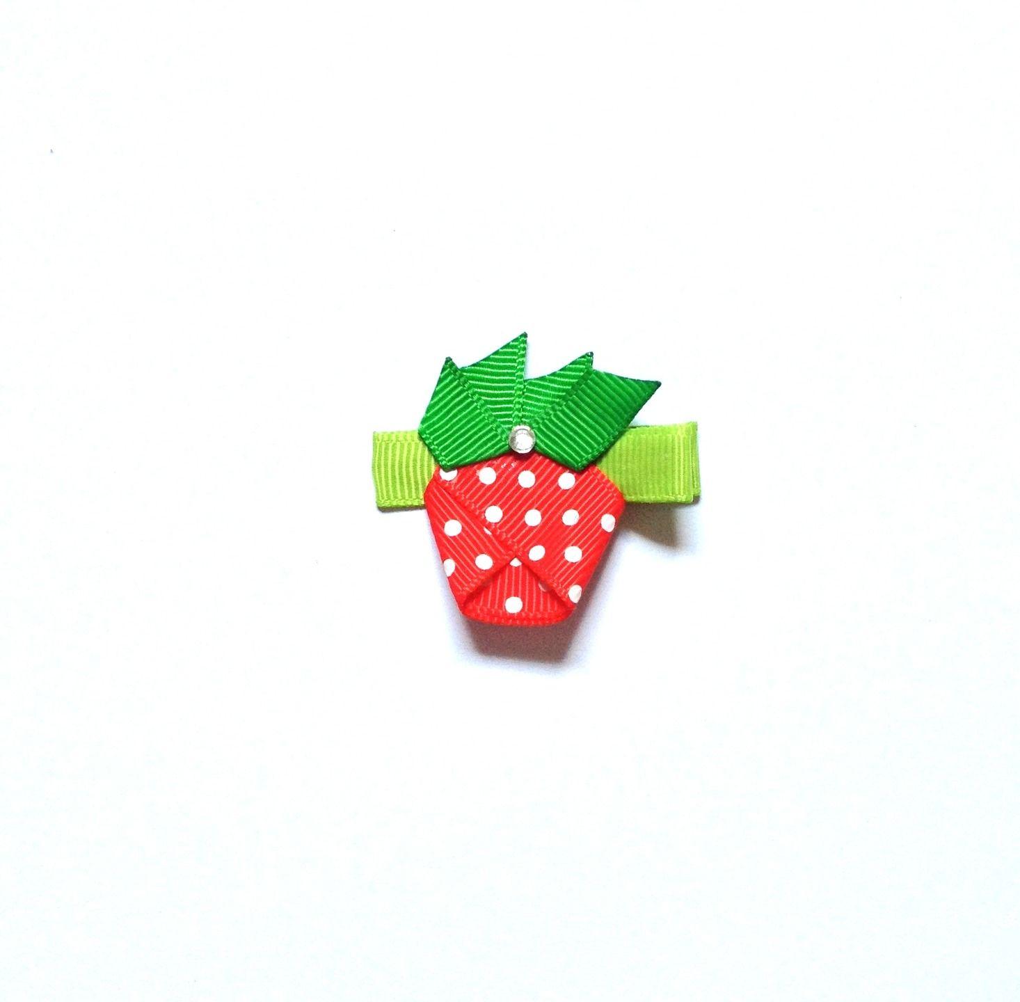 Barrette cheveux la fraise en ruban pour enfants : Accessoires coiffure par croc-o-barrettes-et-compagnie