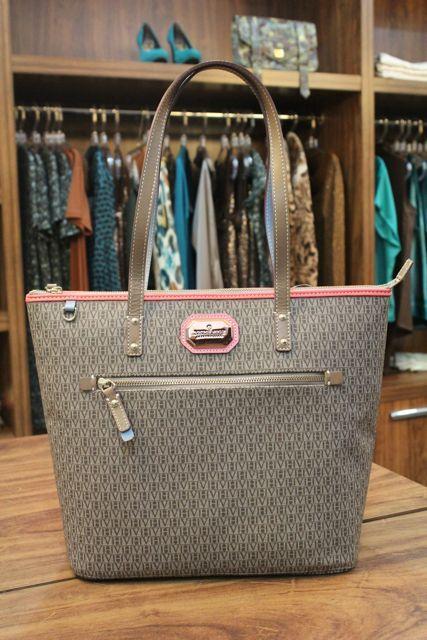 ae39c5b78 victor hugo bolsas - Pesquisa Google | Acessórios | Bags, Stylish ...