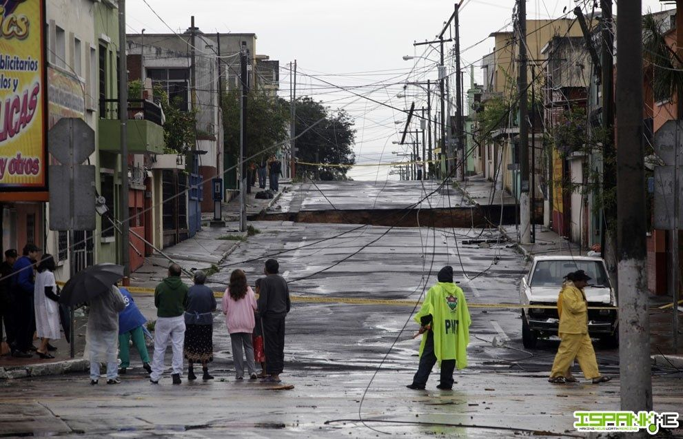 Sinkholes A Deadly Threat From Florida S Underworld Guatemala City Natural Disasters Nature