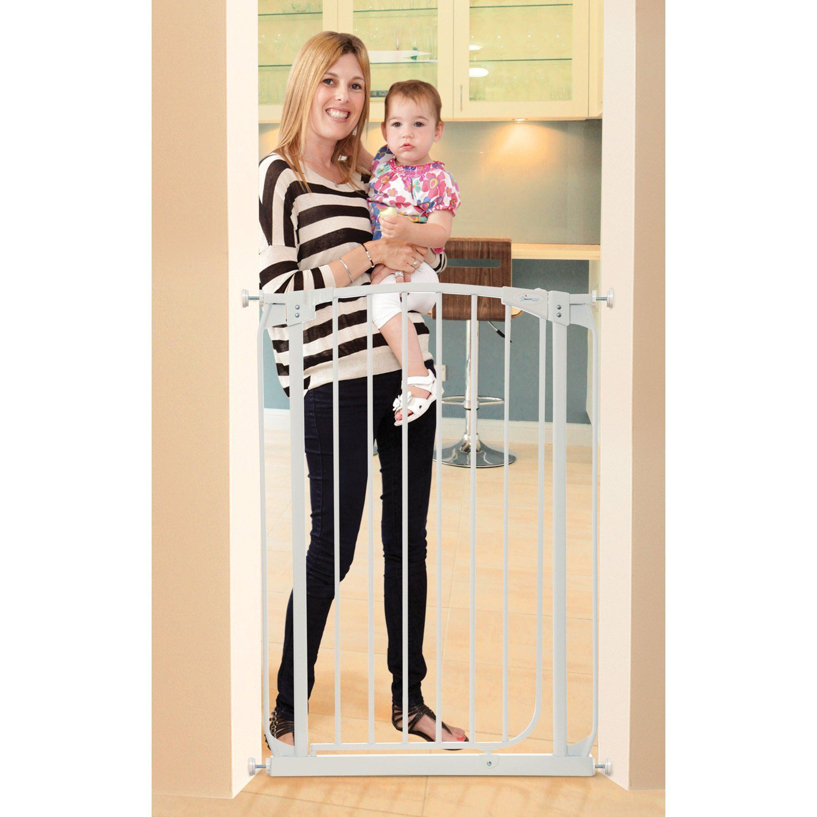 Dreambaby Chelsea Tall Auto Close Stay Open Security Gate