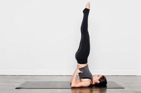 10 Ideas De Como Hacer Yoga Desde Casa Hacer Yoga Yoga Yoga Beneficios