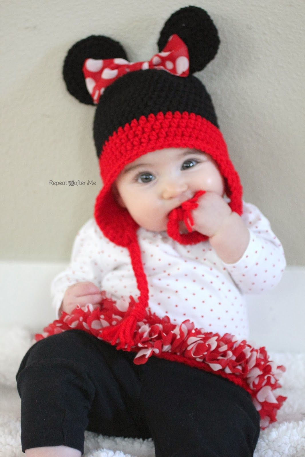 5670f3e9369 Repeat Crafter Me  Crochet Minnie Mouse Inspired Tutu with Red Heart  Boutique Sassy Fabric Yarn