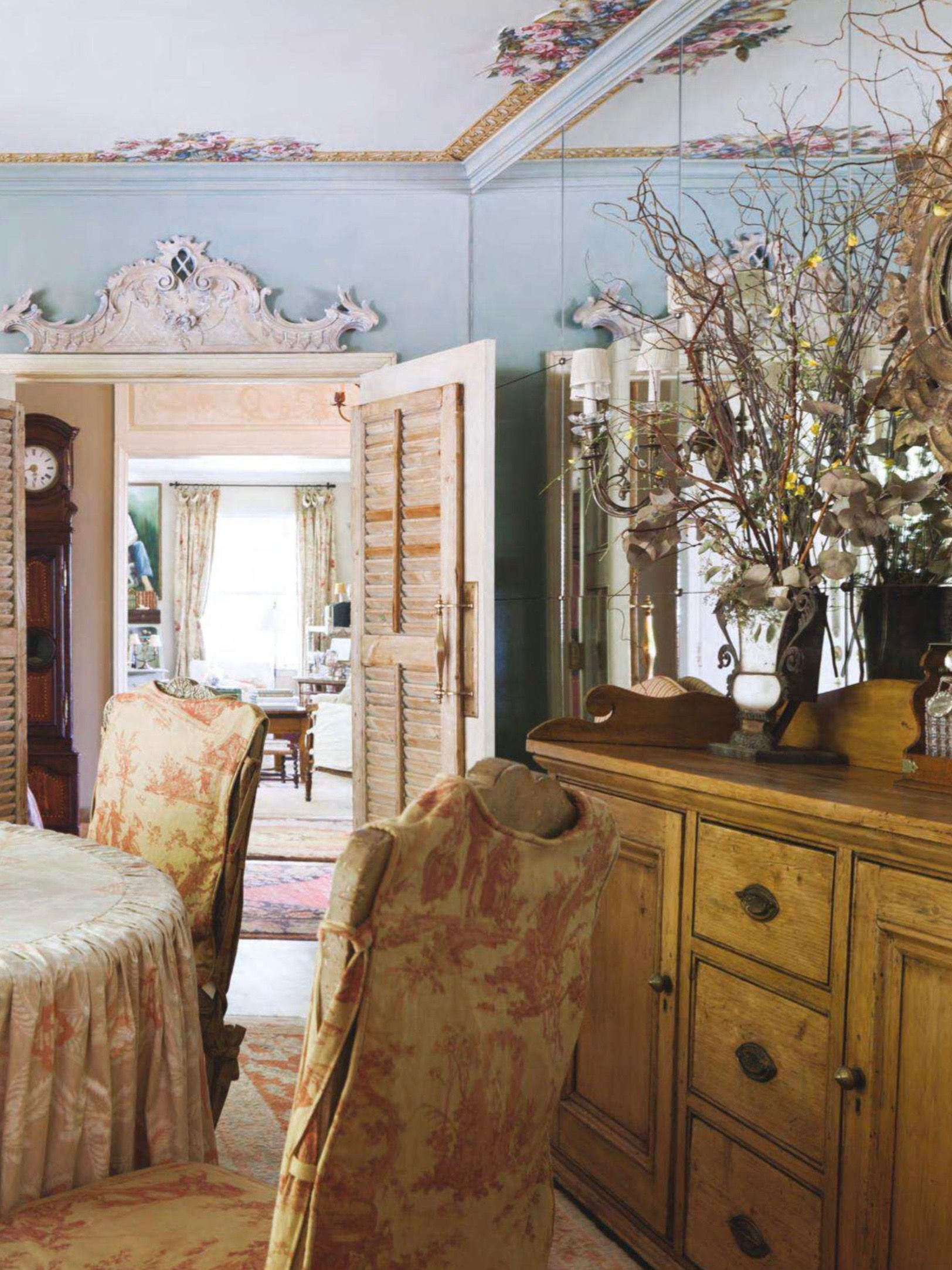 Pin by Ruth Dickerson on French Country   French chateau ... on French Creole Decorating Ideas  id=13753