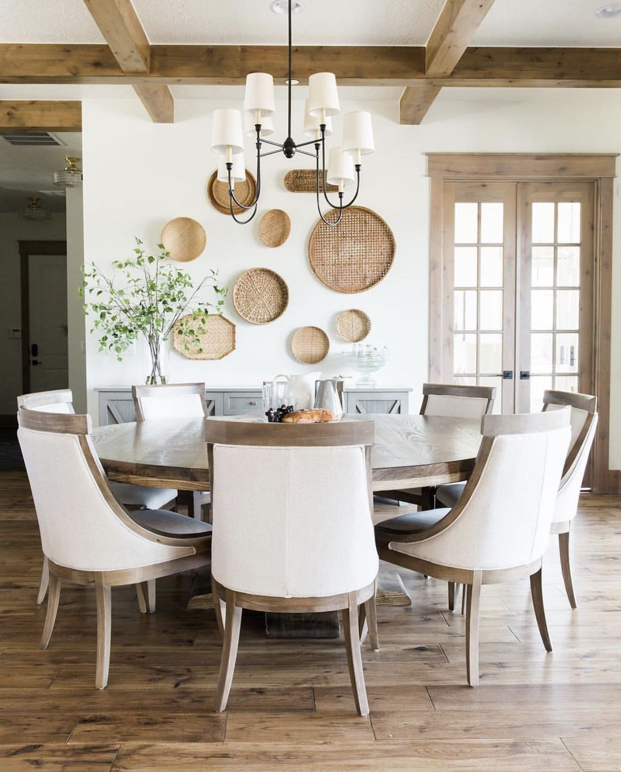 Pin By Erika Howell On Dining Rooms And Tablescapes Dining Room