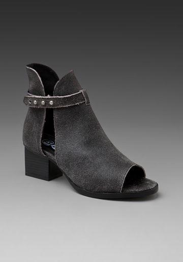 458feced199f9 ENKELLAARS MET ANTICK HAK EN GESP - Schoenen - Dames - ZARA Nederland    looks   Shoes, Boots, Shoe boots