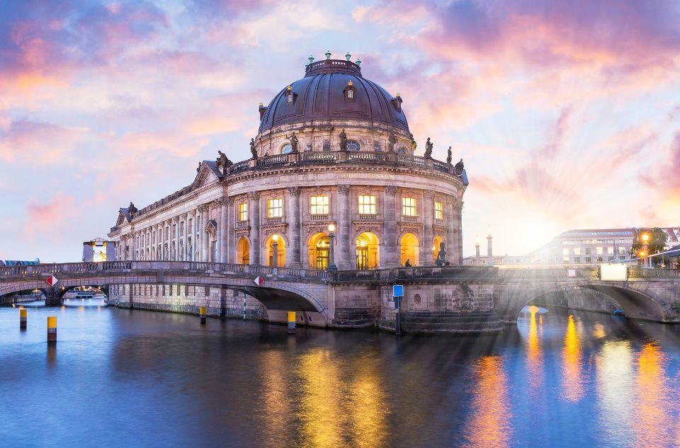 Die Museumsinsel Berlin Kunst Und Kultur Von Weltrang Museum Insel Museumsinsel Berlin Bode Museum