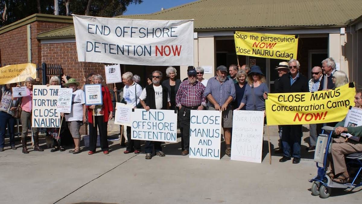 Bellingen and Nambucca Rural Australians for Refugees protest - Bellingen Courier Sun #757LiveAU