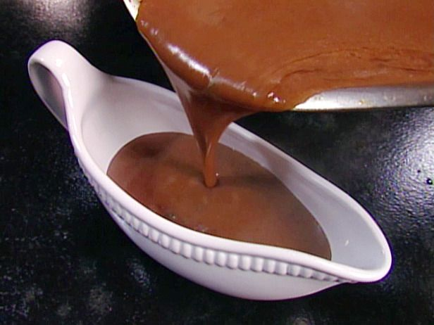 Gluten Free Gravy is another important part of a good Gluten Free Christmas meal! http://www.rewards4mom.com/gluten-free-survival-guide-christmas/