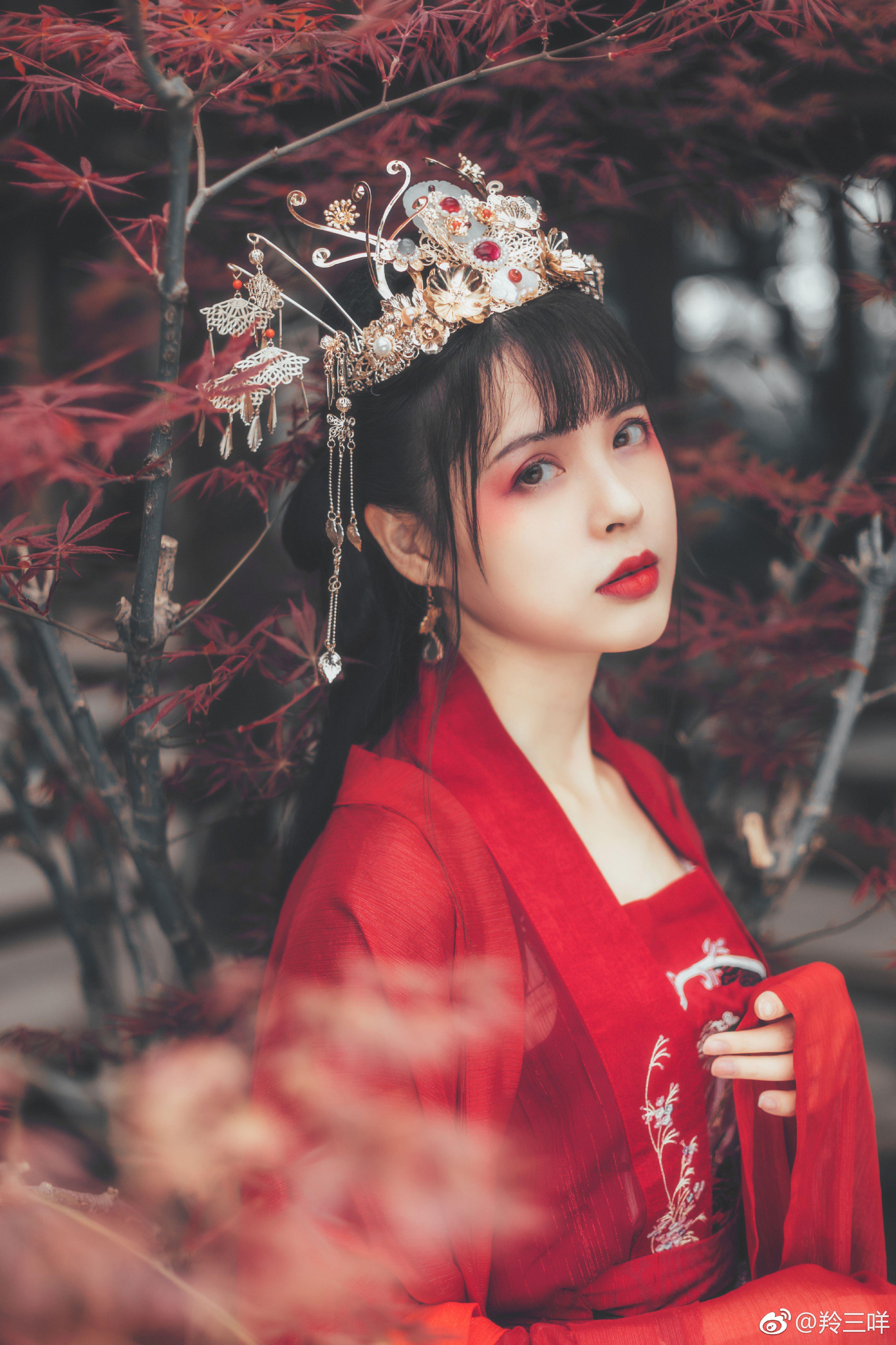 Follow me satan👑 㚢王 Cô dâu, Nữ thần, Con gái