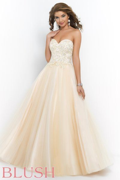another gorgeous gown from Blush | Kleider, Ball