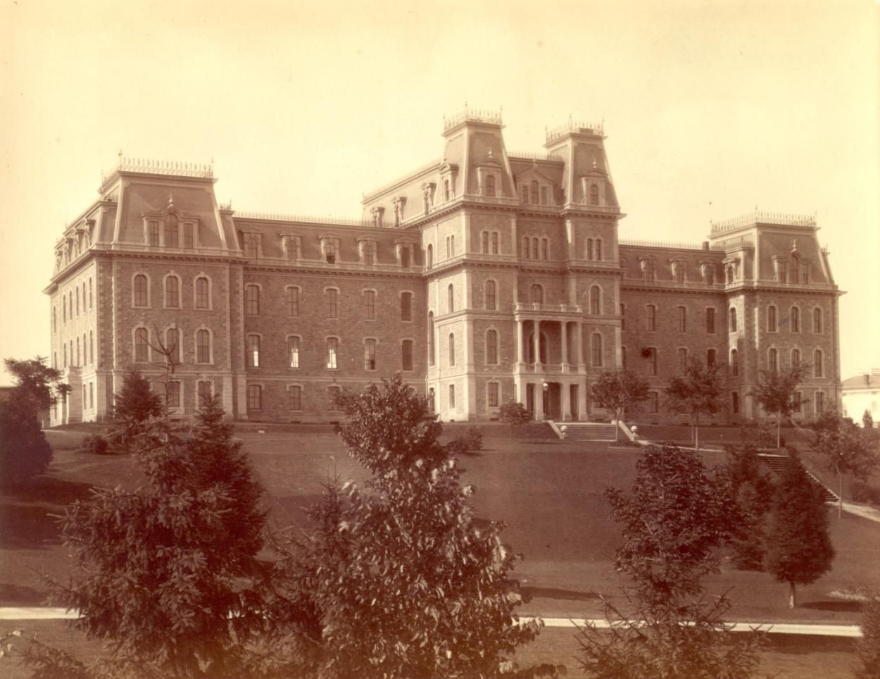 Pardee Hall, Lafayette College, Easton. | Colleges | Pinterest