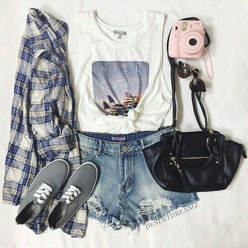 Image via We Heart It https://weheartit.com/entry/164194545 #casual #cute #fashion #outfit #pretty #style
