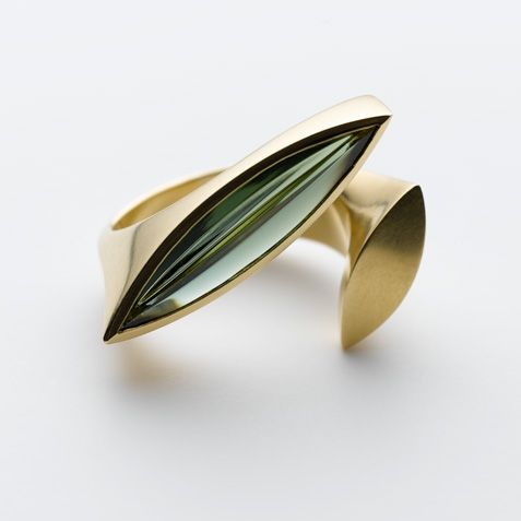 Modern Jewelry gold ring Ringe – Galerie Isabella Hund