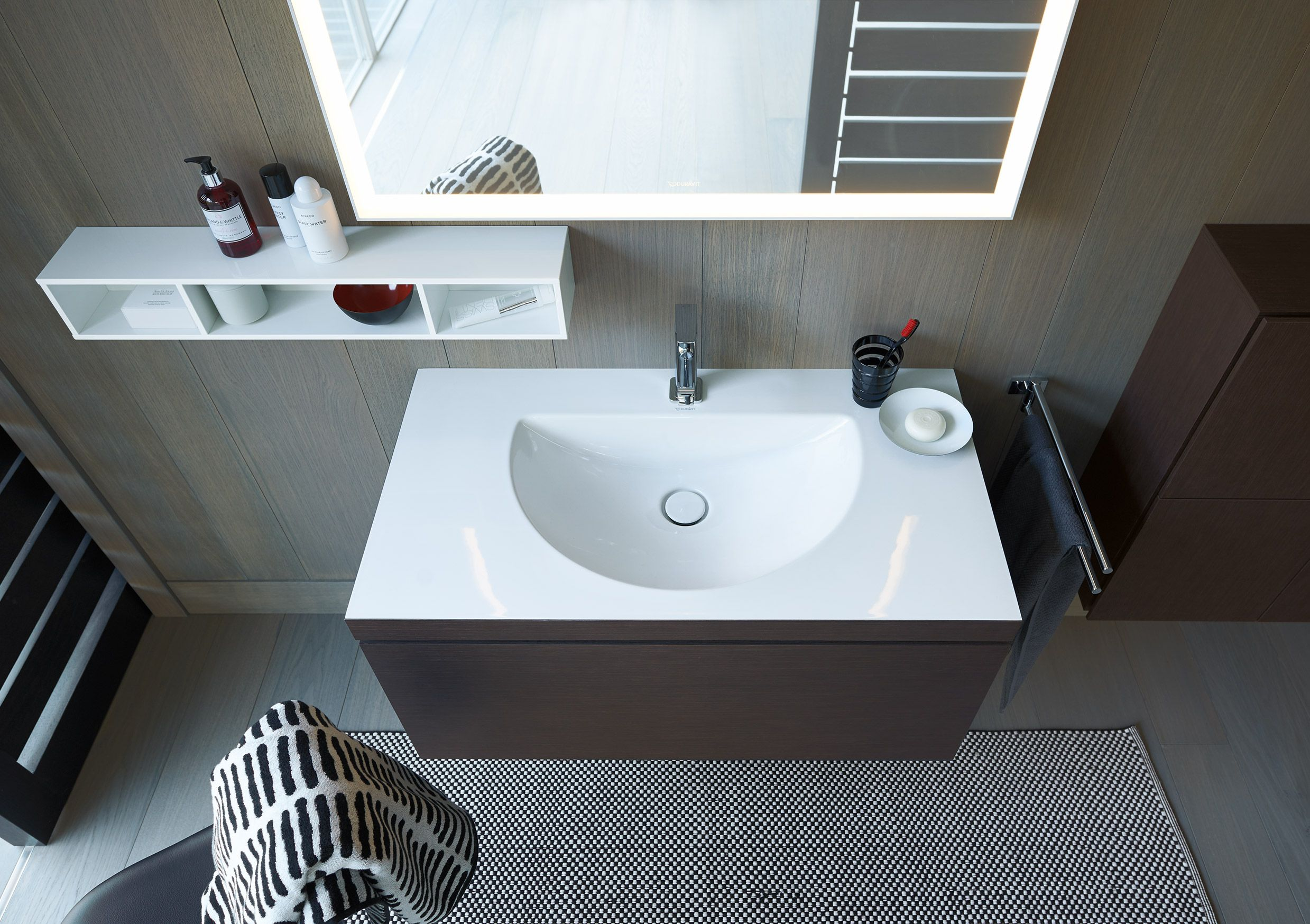 Bathroom Design Easy To Clean Basin With Streamlined Design