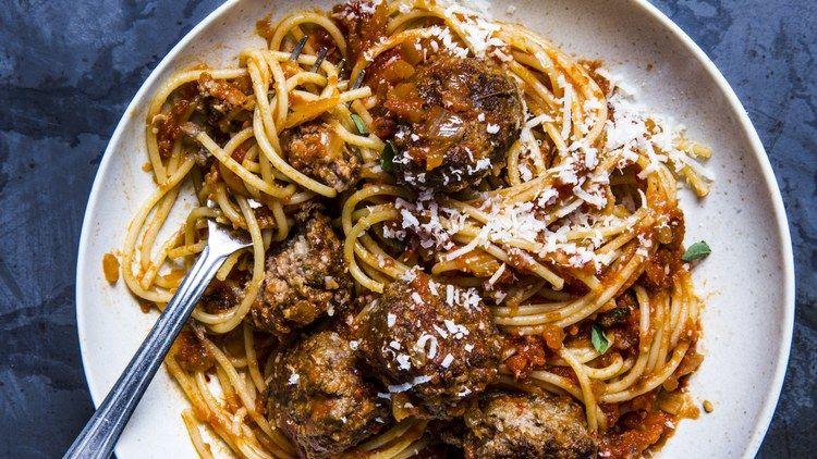 Spaghetti and Meatballs All\'Amatriciana | Rezept | Food | Pinterest