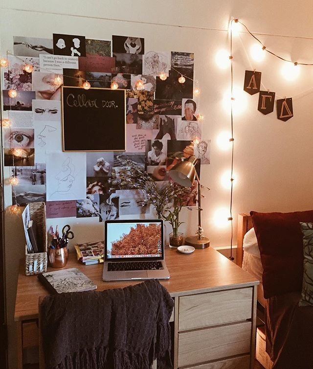 Such A Cute Wall For A Dorm Room Dorm Room Trends Pinterest