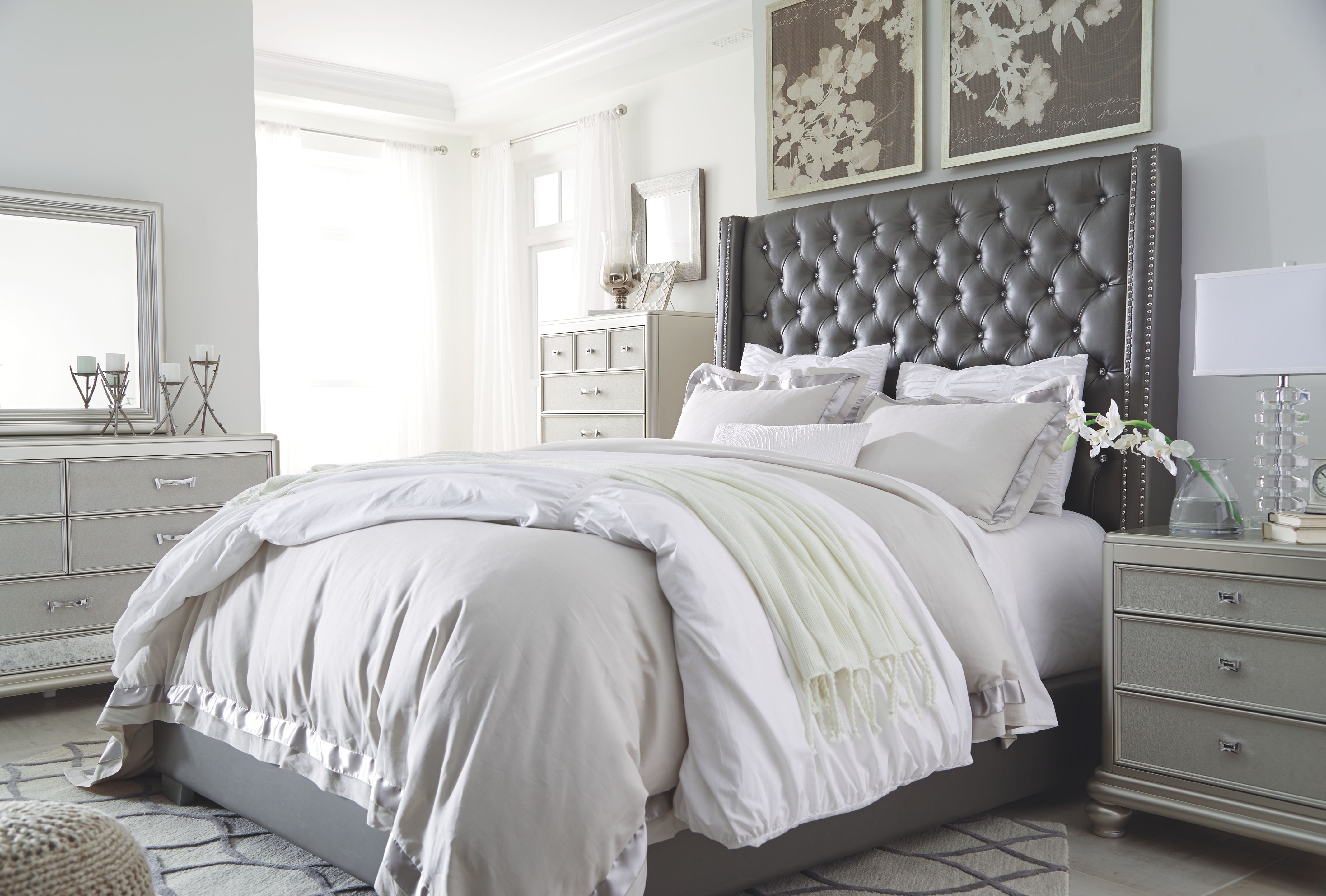 Best Coralayne Queen Upholstered Bed Gray Products In 2019 400 x 300