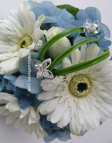 White & Blue Gerbera Daisy bouquets for bridesmaids | Wedding day ...
