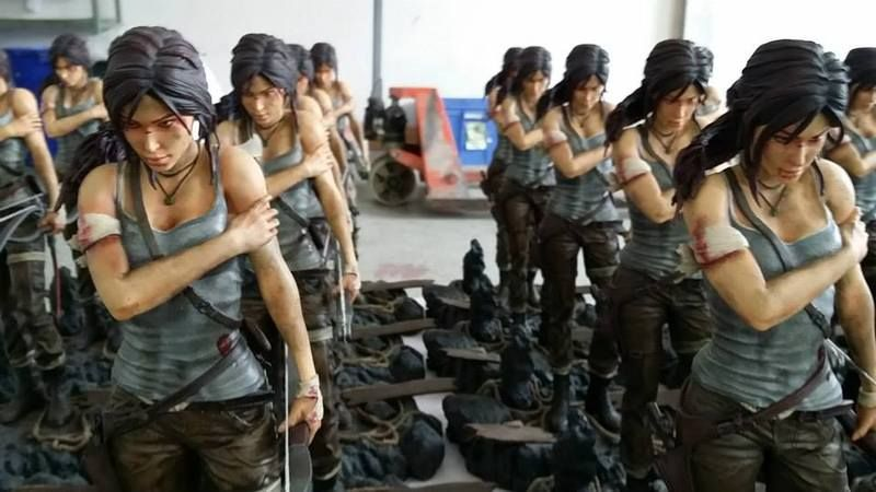Lara Croft Statue - TReborn