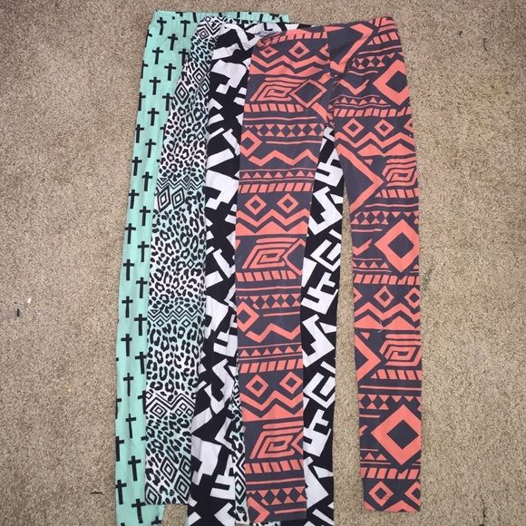 Charlotte Russe leggings worn. all of them are xs. make offers! Charlotte Russe Pants Leggings