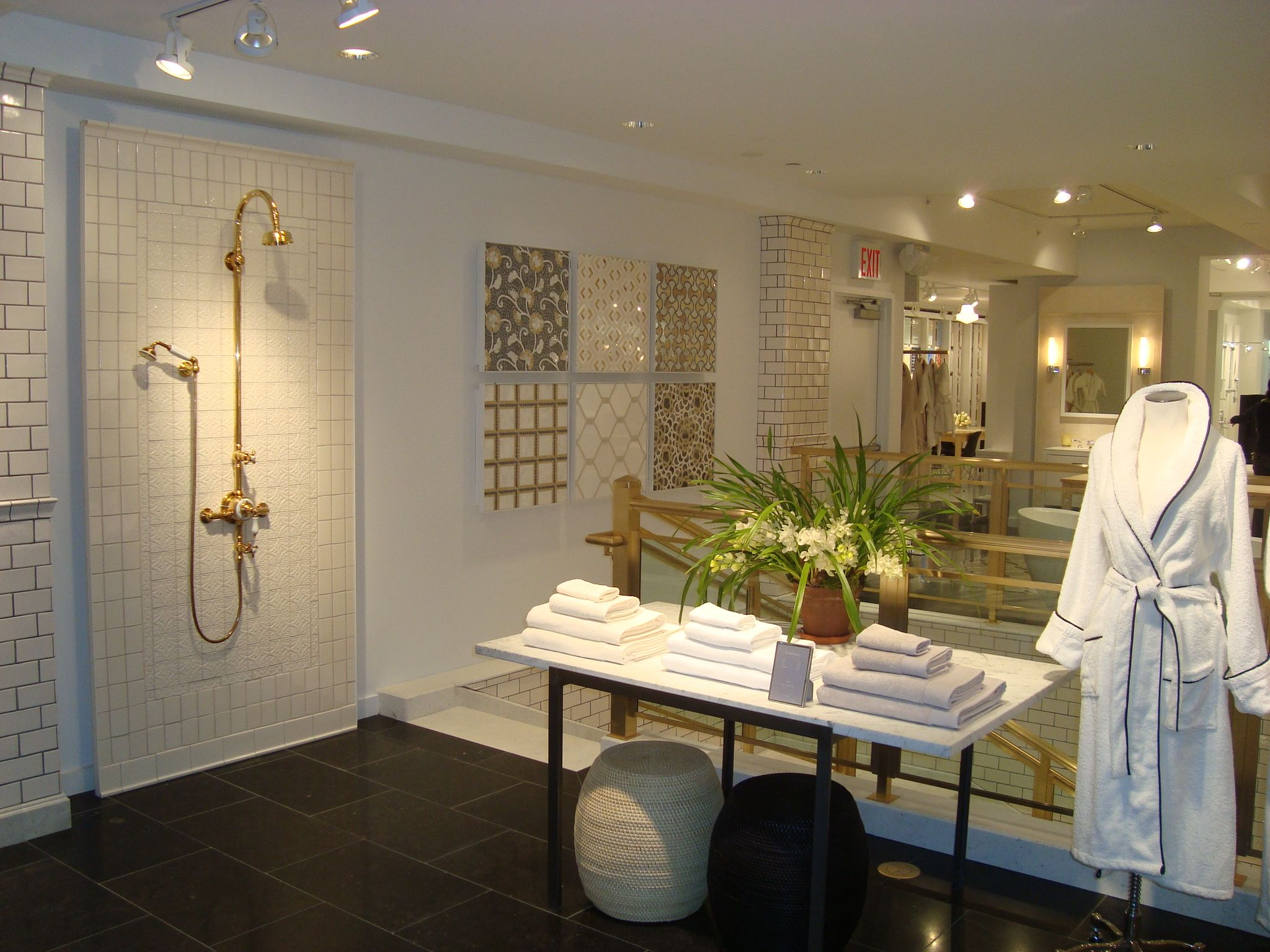 Best New York 58th Street Showroom Images