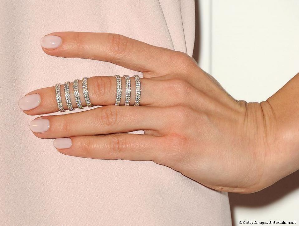 Subtle nude manicure | Tadashi Shoji Summer Bride Picks