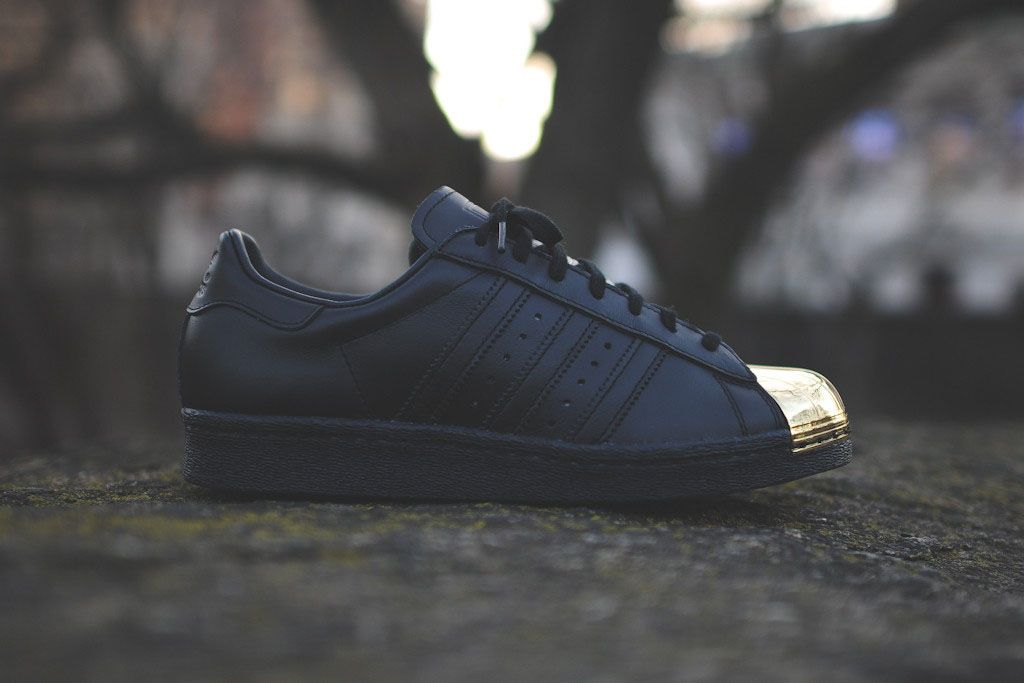 Recently spotted on the feet of new partner Rita Ora, the adidas Originals  'Metal Toe' Superstar is now available.