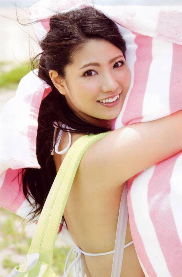 【大家志津香もビックリ!?倉持明日香セクシーおっぱい巨乳胸脚尻ケツ太ももAKBエロ画像!/白石麻衣出演で大活躍!?】140416 ミラクル9 動画のキャプ画像まとめ!【乃木坂46/AKB48】 : AKB48エロ画像まとめコンツェルン