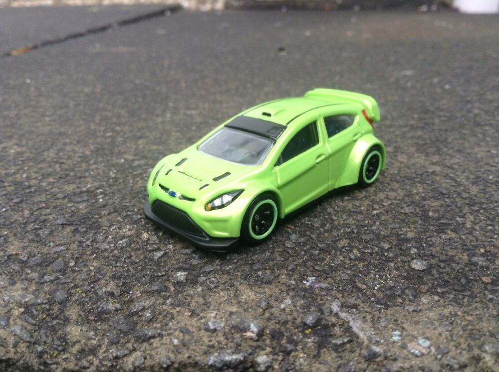 1 64 Hot Wheels Ford Fiesta St Mk6 Road Rally Modified Custom Ultimate Green Ford Fiesta St Mk6 Ford Fiesta St Ford Fiesta