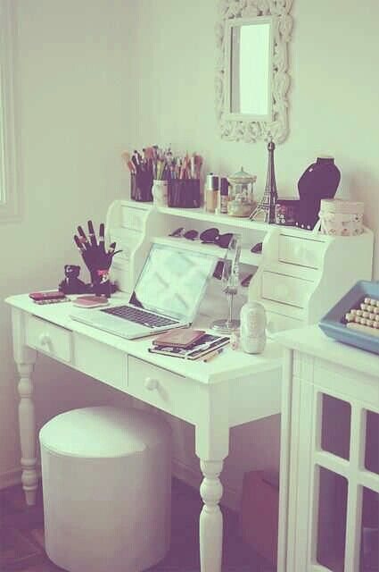 Vanity table, girly, bedroom Ideas for the Bedroom Pinterest