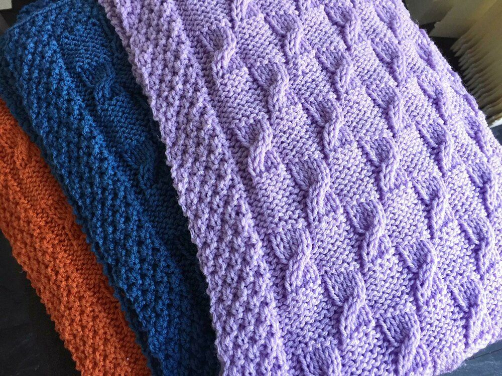 Baby Blanket Broken Cables Knitting pattern by Daisy