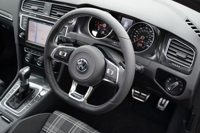 volkswagen golf gtd steering wheel cars vw golf tdi. Black Bedroom Furniture Sets. Home Design Ideas