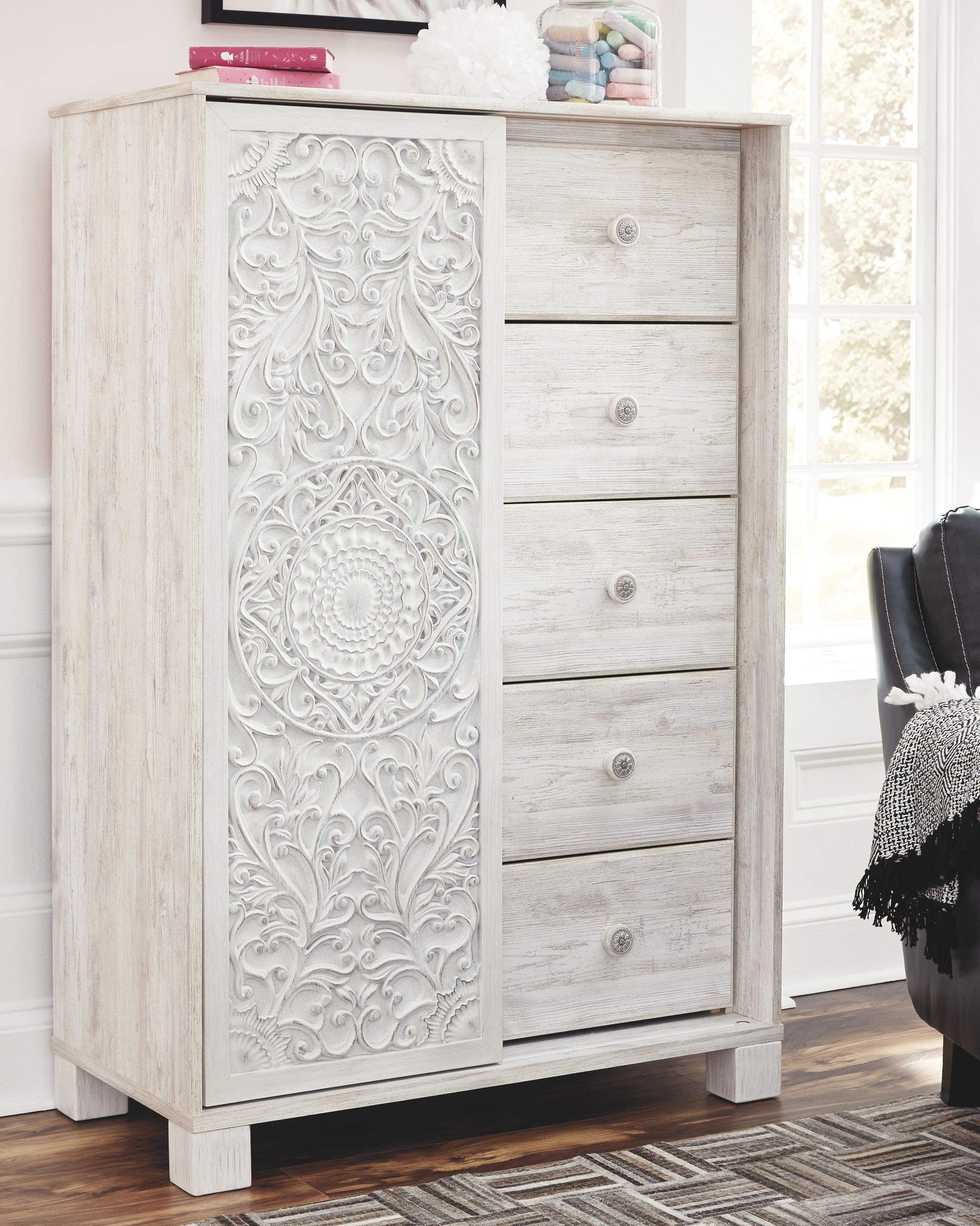 Paxberry Dressing Chest, Whitewash homelivingroomdecor in
