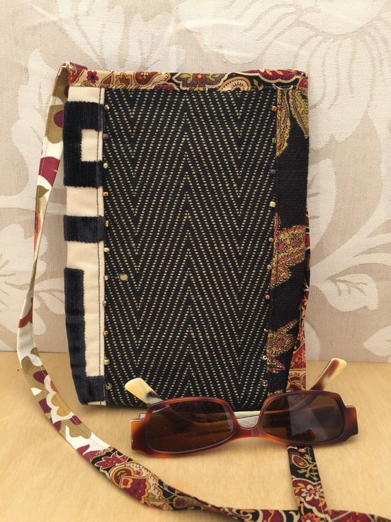 5ced37a5f52e Handmade Fabric Crossbody purse, boho shoulder bag, mini cell phone bag,  casual tapestry bag