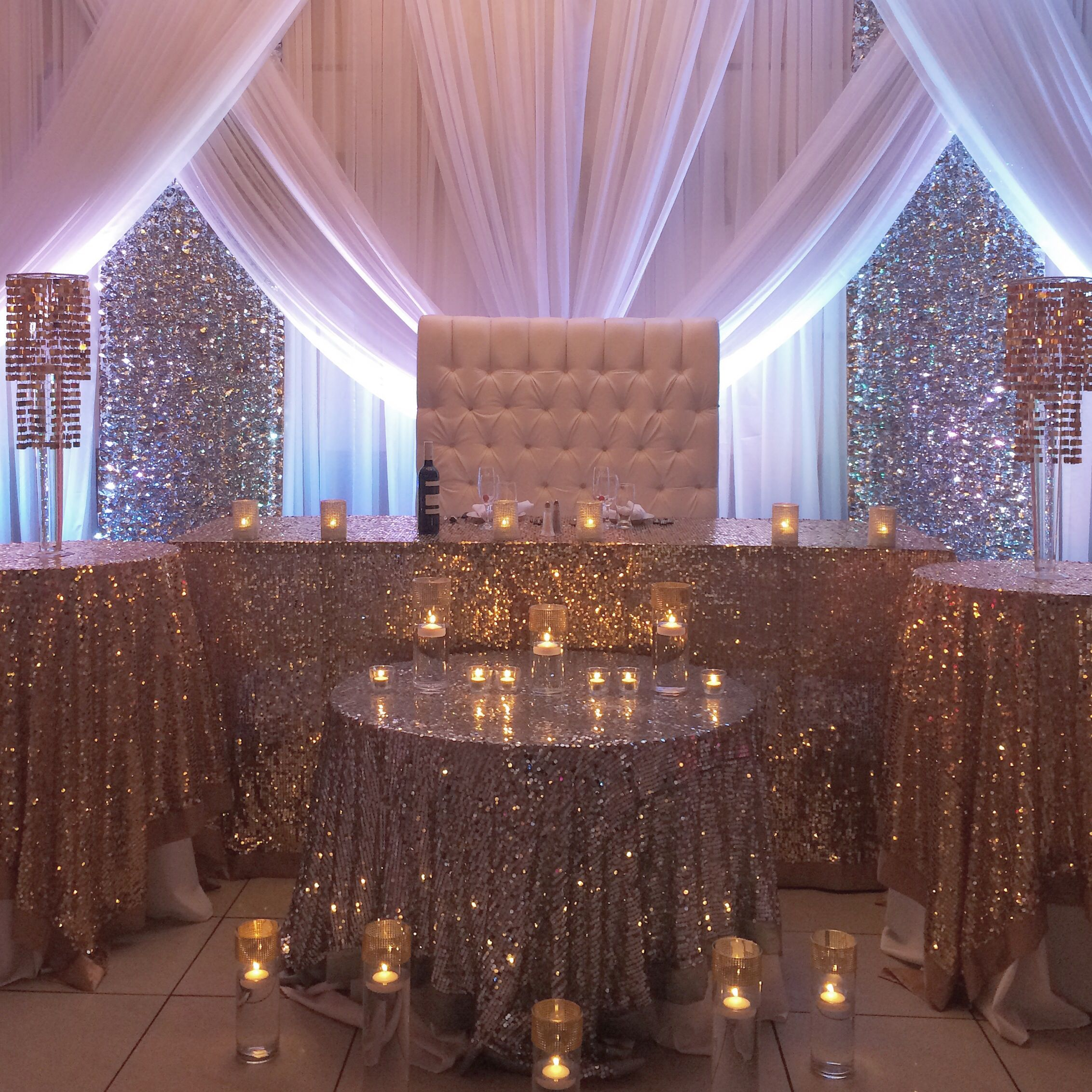 Headtable decor sequins tablecloths bling and sparkle for Bling decor