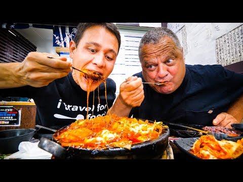 Korean Food In Los Angeles 2 Giant Flaming Cheese Ribs Cauldrons In Koreatown La Youtube In 2020 Food Korean Food Travel Food