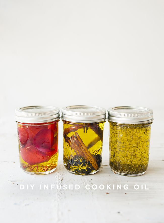 Diy Infused Cooking Oil In 2020 Infused Oils Cooking Oil Cooking