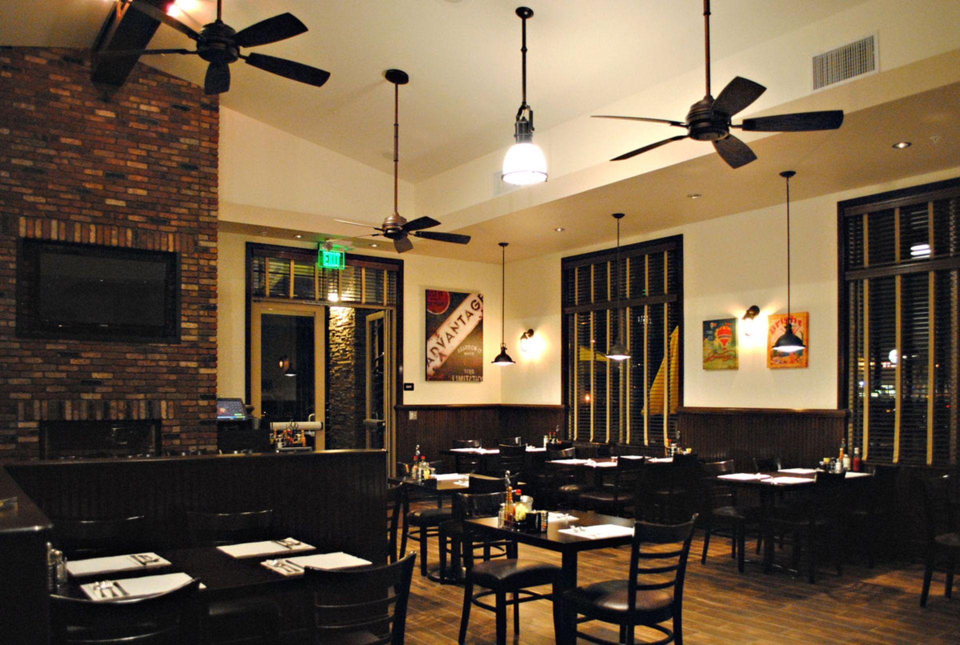 cafe decor ideas awesome cafe interior cafe interior design rh pinterest com
