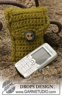 "Hæklet DROPS mobiletui i ""Eskimo"". ~ DROPS Design"