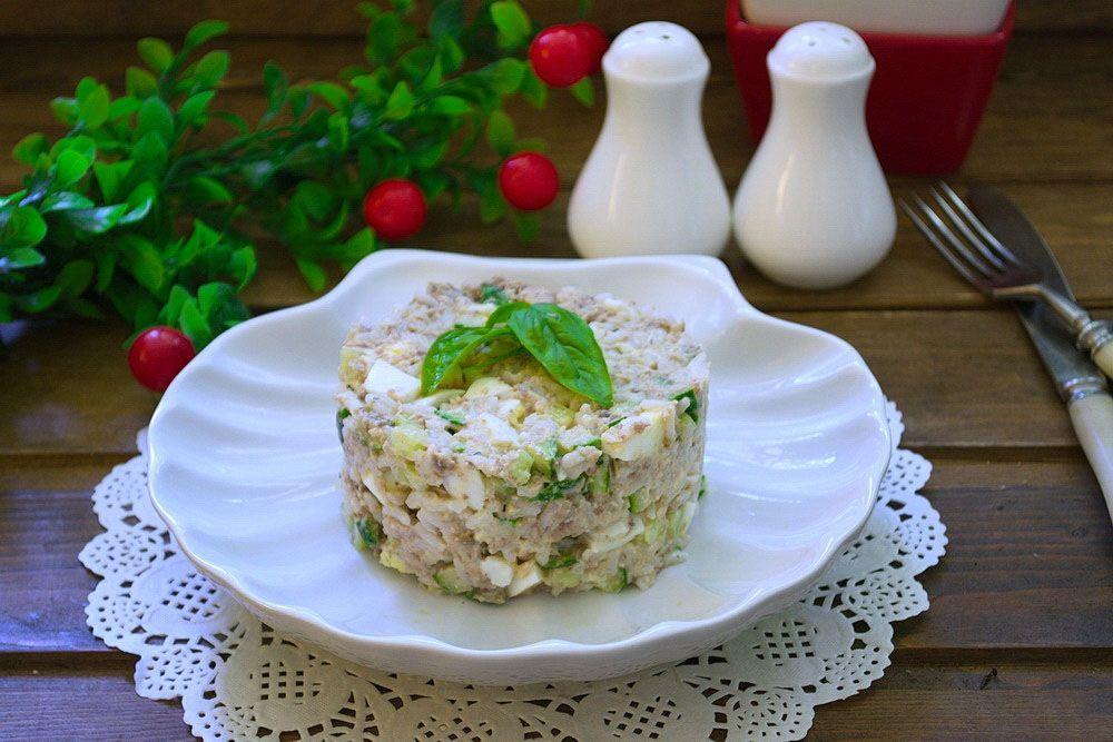 рыбный салат из консервов рецепт с фото мужчин