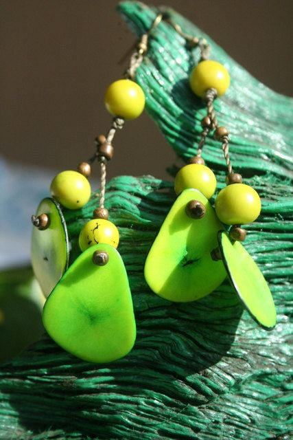 Acai seed and tagua slice earrings by lovingElida on Etsy, $6.00