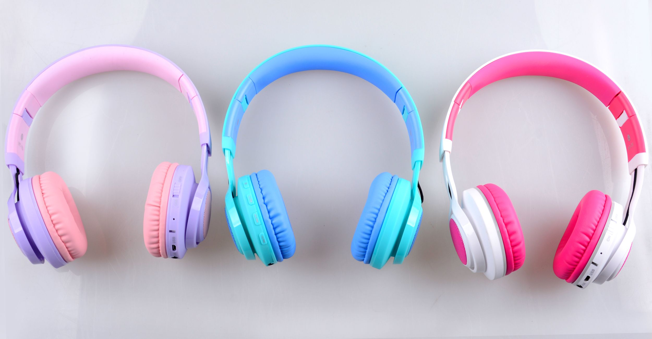 97b54e8aa3b #fashionshopping #kidsheadphones #girls headphones #bluetooth headphones  for kids #girlsheadphones #pink headphones #kidspresents