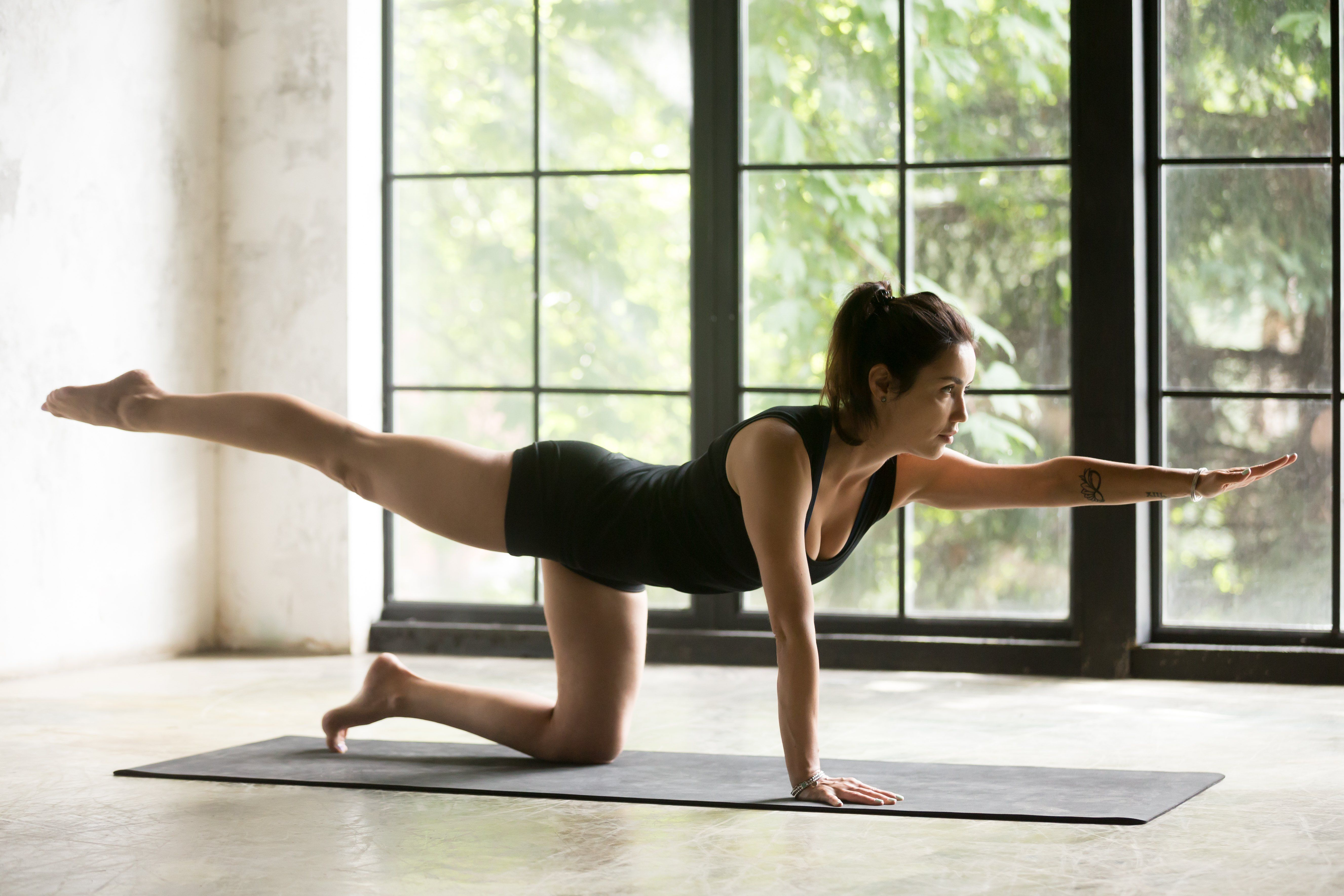 7-Minute Booty-Building Pilates Workout With Cassey Ho | Livestrong.com