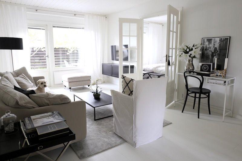 Homevialaura   Monochrome Home   Modern Classic Interior   Living Room  Decor   Sits Julia  